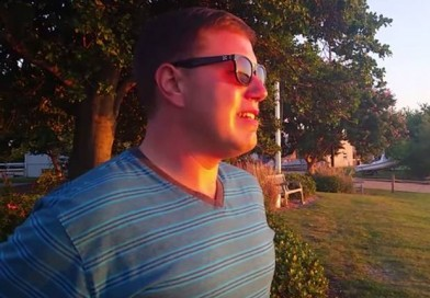 Colourblind man experiences the sunset using EnChroma glasses for the very first time